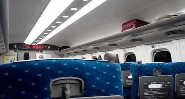 新幹線で女性の指定席を座っているおっさんの悲劇…女性のスカッとする行動が話題に…