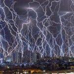雷が落ちた時に作られる石…世界にほとんど存在しない希少な石が話題に…