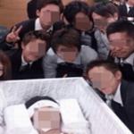 事故で亡くなった友達の遺体と記念撮影…Twitterに投稿したDQNが大炎上…