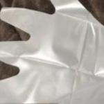 簡単にビニール手袋を脱げにくくする方法…目から鱗だと話題に…