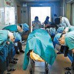11歳の少年の遺体に医師たちが深々と敬礼した背景…考えさせられると話題に…