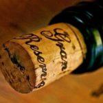 ライター1本でワインのコルクを抜く方法…目からウロコだと話題に…